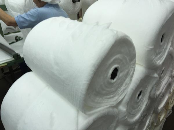 脱脂綿工場